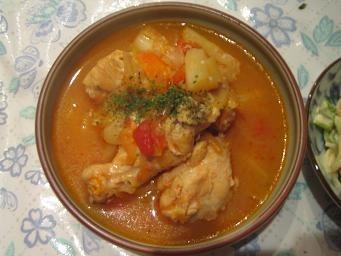 鶏手羽元のトマトスープ♪