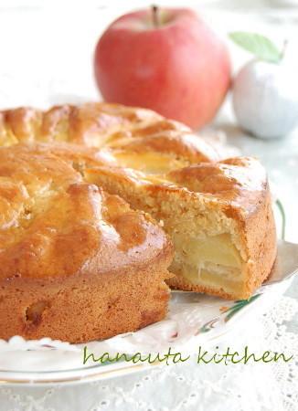 焦がしバターのしっとりりんごケーキ