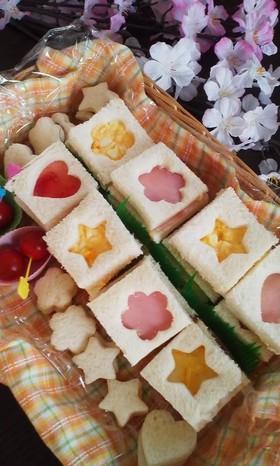 お花見に!桜の型抜きサンドイッチ♪