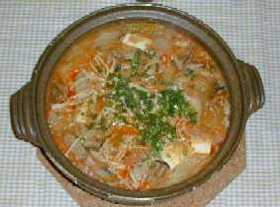 簡単キムチ鍋