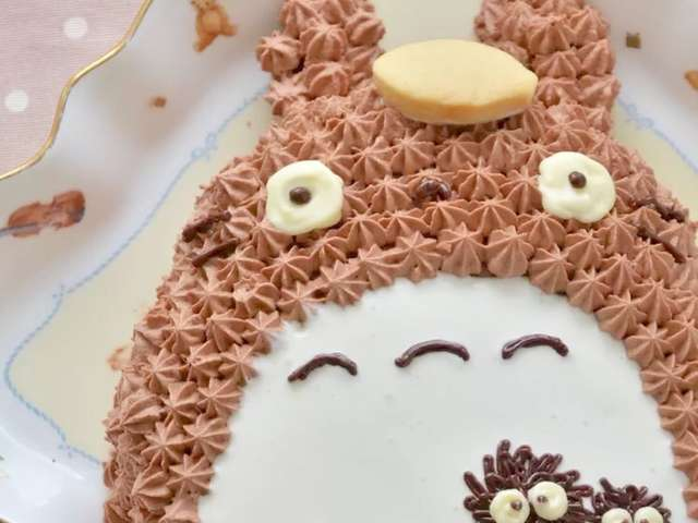簡単トトロの立体キャラケーキ