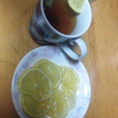 ホッと一息。美味しいレモン砂糖漬け