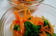 人参とブロッコリーのサラダ