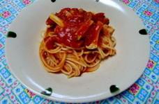 ベーコンとエリンギのトマトパスタ