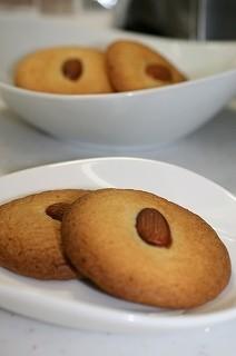 アーモンドクッキー(杏仁酥)