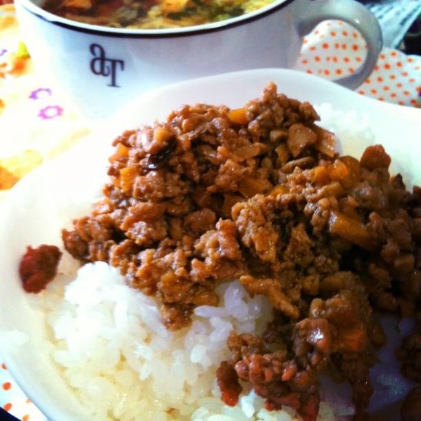 簡単☆台湾屋台の味♪魯肉飯!!