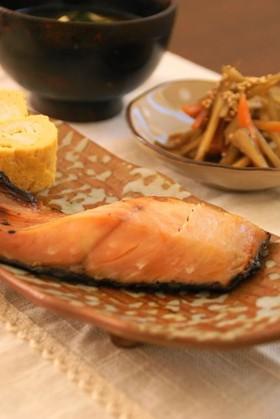 便利で美味しい♪魚や肉の自家製かす漬け