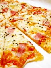食べたい時にすぐ出来る!クリスピーピザ☆の写真