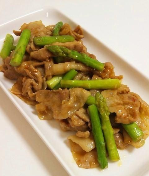 アスパラと豚肉の中華風ピリ辛炒め♪