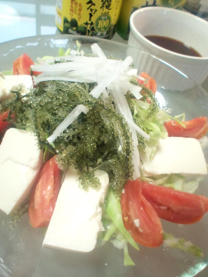 沖縄名物☆海ぶどうのサラダ