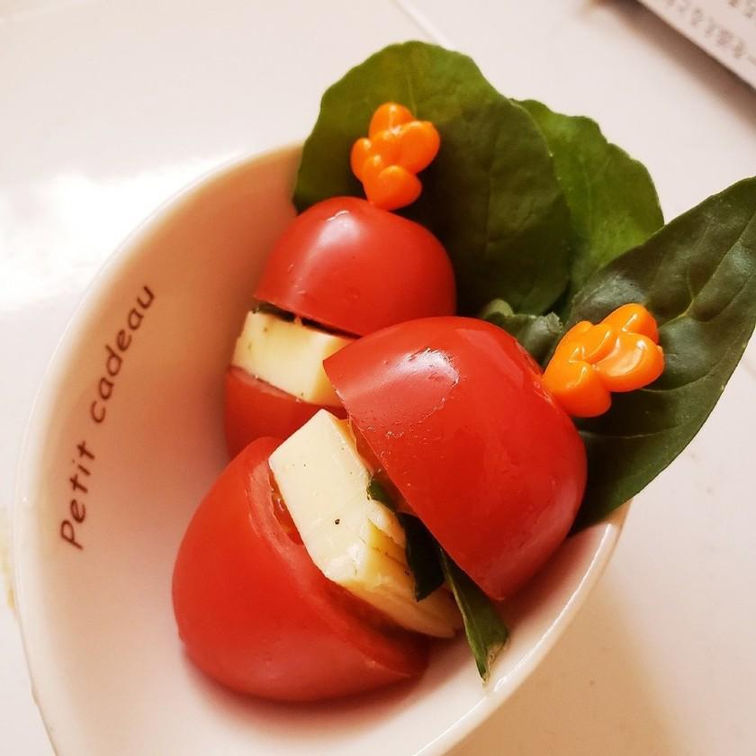 お弁当に★簡単ミニトマトのプチカプレーゼ