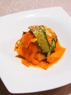 ズッキーニとニンジンのナムル風サラダ