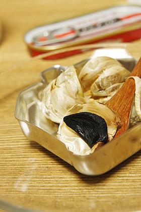 炊飯器で作る♪黒ニンニク
