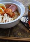 ゆで鶏の韓国冷麺