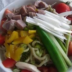 夏のお昼ごはん☆野菜たっぷり油そば♪
