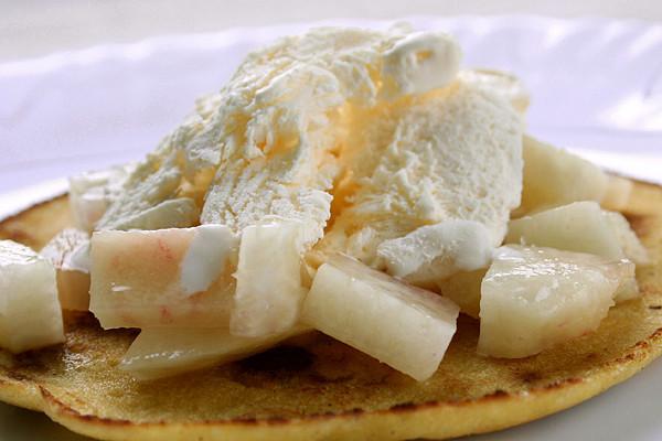 大豆粉パンケーキのアイスデザート