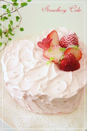 苺のハート♡デコレーションケーキ