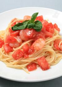 白だしで、トマトとえびの冷製パスタ