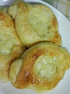 ほくほく〜♪じゃがバターとチーズのパン