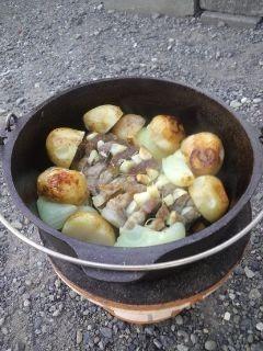 ダッチオーブンでローストポーク