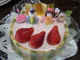 お雛様のムースケーキ