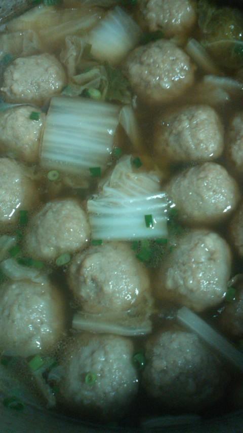 あと一品!に簡単美味白菜と団子のポン酢煮