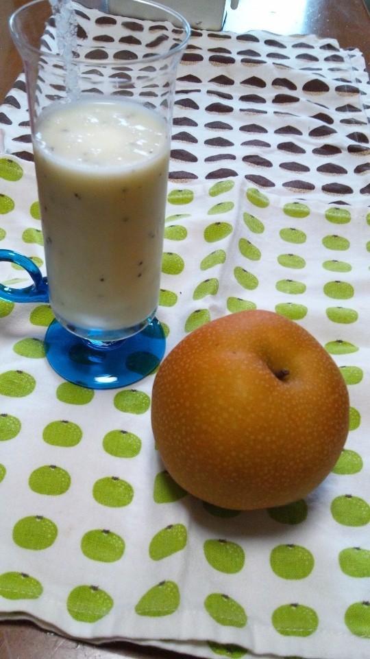 梨とヨーグルトのフレッシュジュース♪