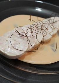 韓国風味な鶏ハム。コチュマヨソース。