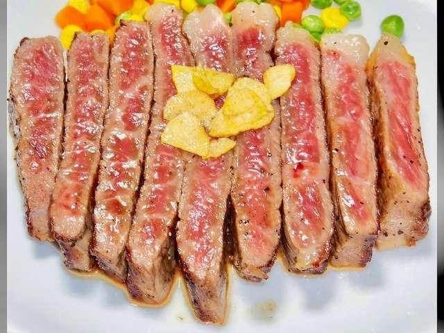 サーロイン ステーキ の 焼き 方