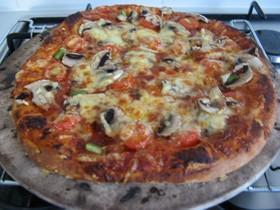 ツヴェ家のピザソース