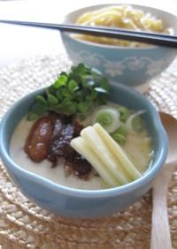 カリカリ豚とチーズの豆乳つけ麺