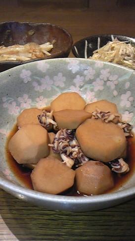 秋が来た!サトイモとヤリイカの煮物