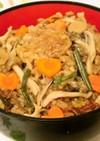 肉じゃが、角煮…煮物の残りで炊き込みご飯