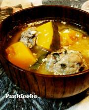 鯖つくねの豆乳味噌汁の写真