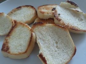 余りパンで簡単ラスク☆
