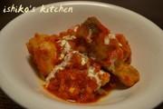 鶏手羽元のトマトクリーム煮込みの写真