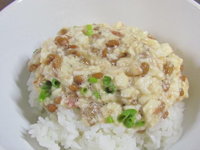 我が家の豆腐納豆丼