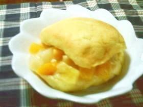 ★ フルーツカスタードメロンパン ★