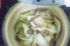 白菜と豚バラ肉とエリンギの土鍋蒸し