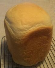 粉ミルク大量消費の食パンの写真