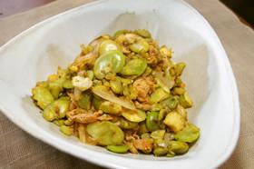 そら豆と玉ねぎのチリ炒め