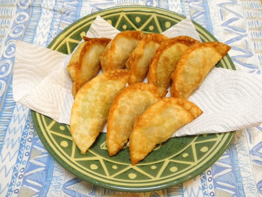 里芋でカレー味の揚げ餃子