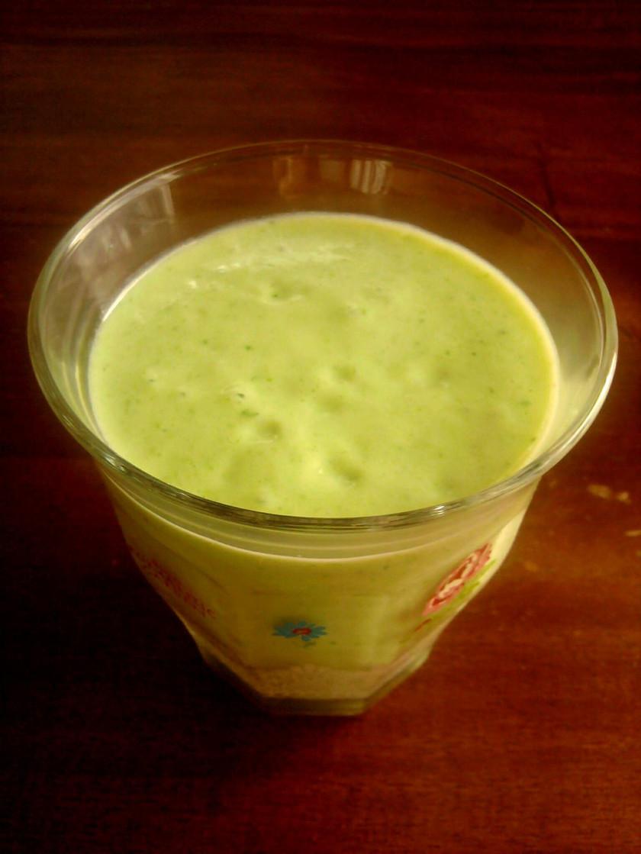 アボカド+小松菜+バナナの酵素ジュース