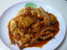 味噌がミソです。白身魚とキムチの炒め物