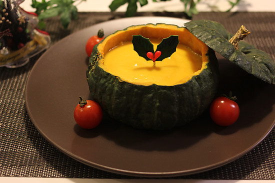 クリスマスに♪丸ごとかぼちゃスープ