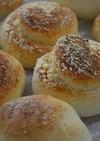 粉チーズdeチーズロールパン(成形2種)