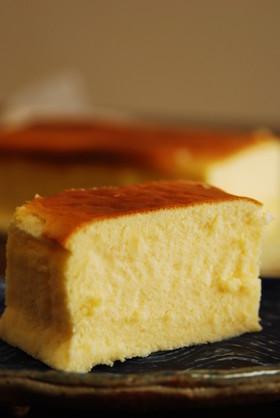 プロセスチーズで濃厚スフレチーズケーキ
