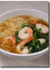 醤油ラーメン with 海老+ほうれん草