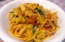 オイルサーディンと白菜のトマトパスタ