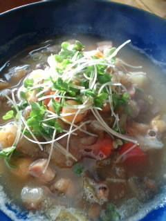 豆と野菜のスープ ちょっとだけスパイス